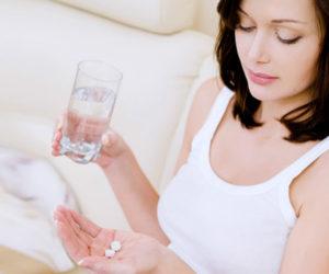 薬やサプリメント、赤ちゃんへの影響は?妊娠中や授乳中は心配!