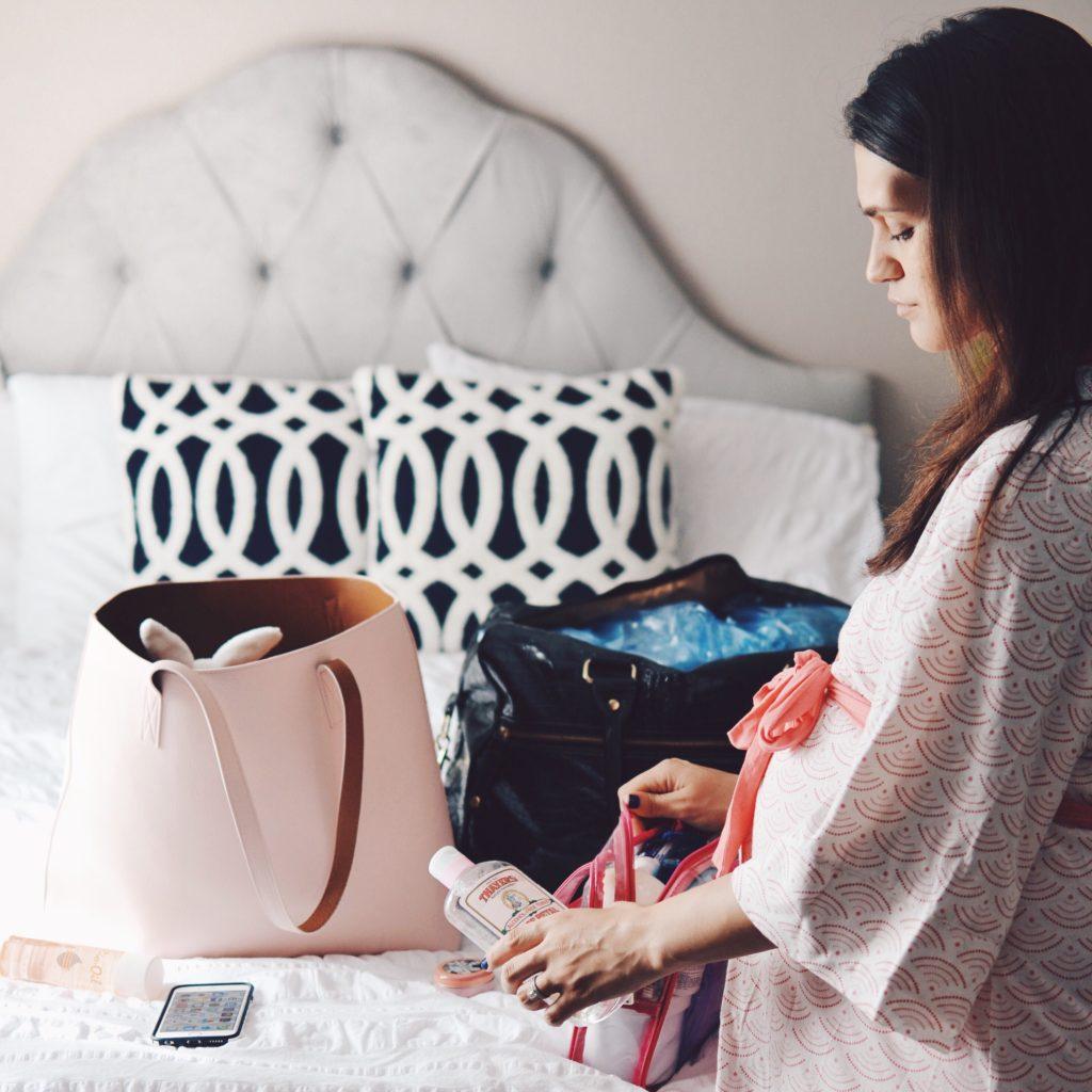 妊娠中の旅行、持ち物のおすすめ