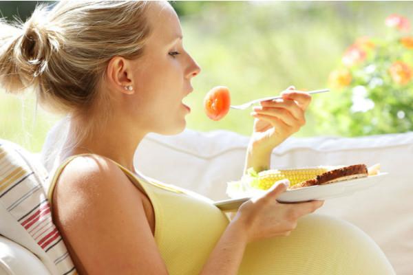 妊娠中の貧血の症状や対処法