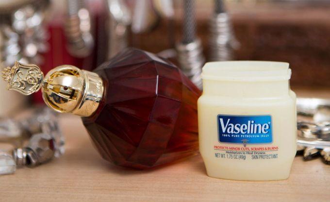 ヴァセリンの意外な使い方が話題!使えるヴァセリンの裏技って?