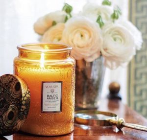 VOLUSPA_candle